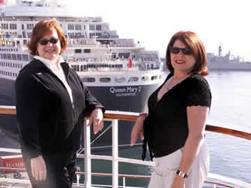 Ellen and Patty looking at the Queen Mary 2