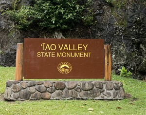 Iao Valley State Park sign